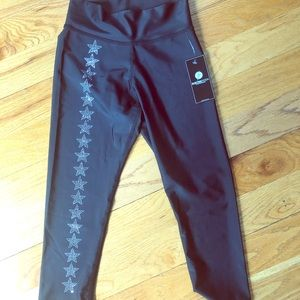 NWT Electric Yoga Orion capris, sz S